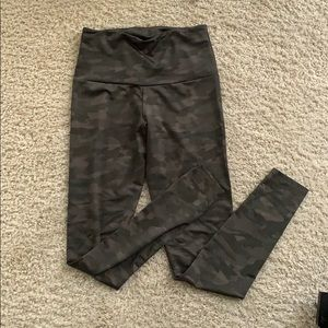 Camo Onzie Leggings